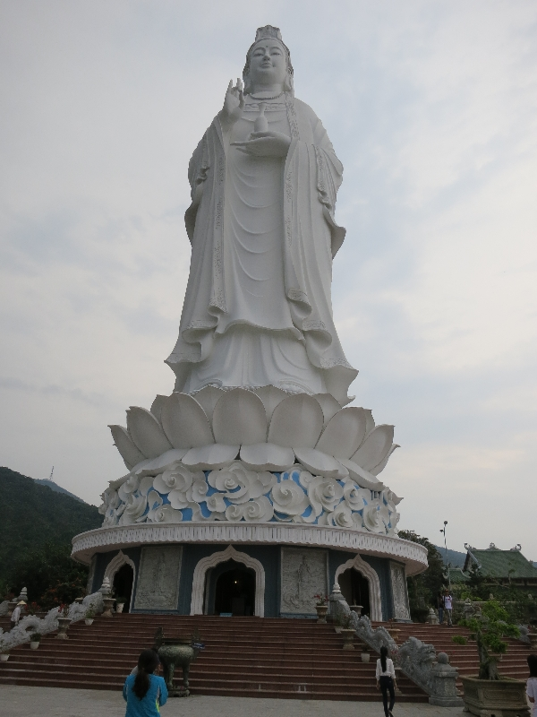 Bodhisattva of Mercy statue just north of Da Nang.