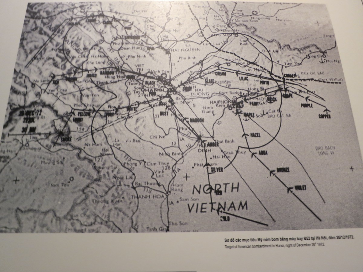 Caption reads: Targets of American bombardment in Hanoi, night of December 28, 1972